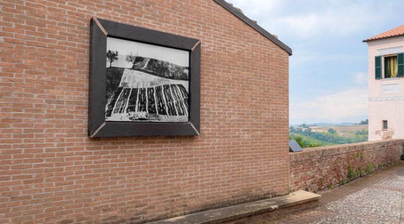 Le foto di Mario Giacomelli per valorizzare il centro storico di Mondolfo