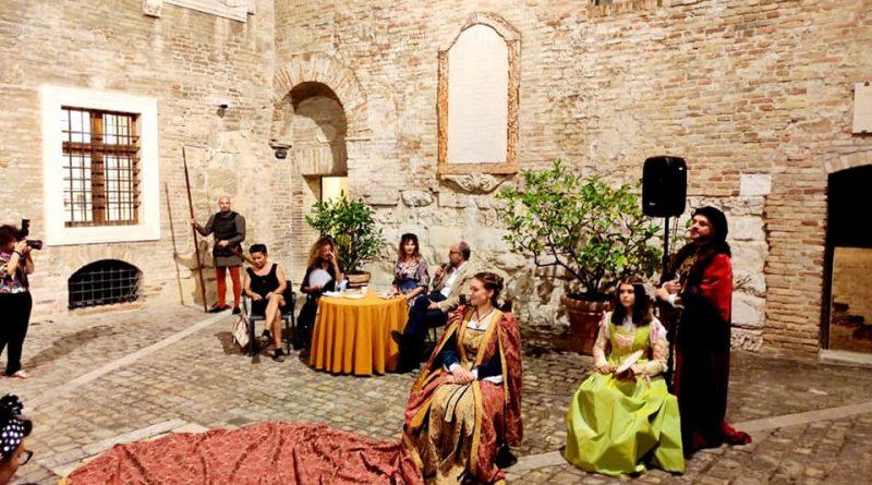 Le Marche romantiche e misteriose, presentato alla Rocca il nuovo libro di Chiara Giacobelli