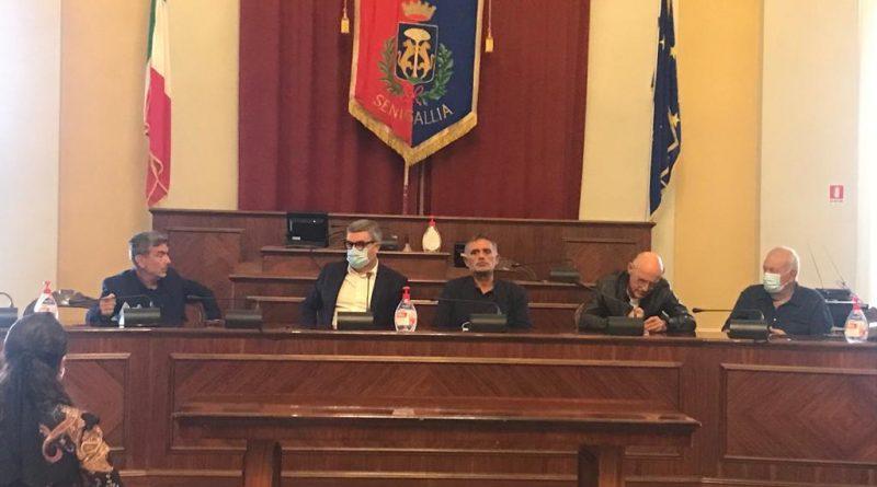 Lotta al Covid, a Senigallia una perfetta integrazione tra medici e cittadini